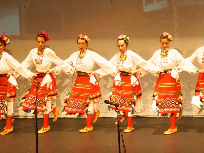 Концерт-спектакъл на Ансамбъл Божествени български ритми (сн. Яна Гергова)