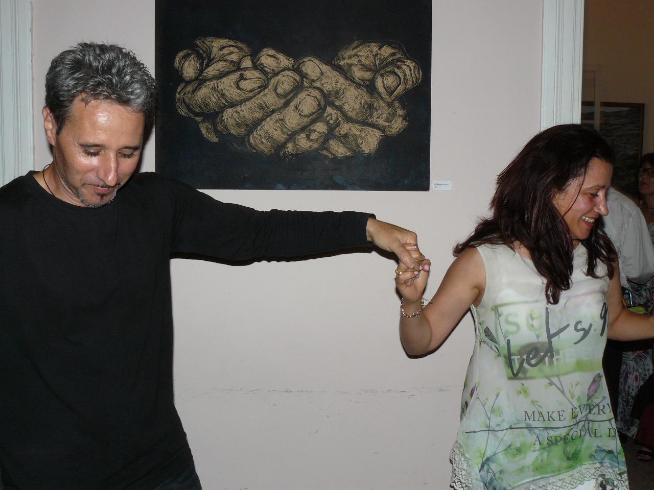 """Заключителната част на културната проява """"България в сърце ми"""" в Пафос – на хорото. Снимка: М. Борисова"""